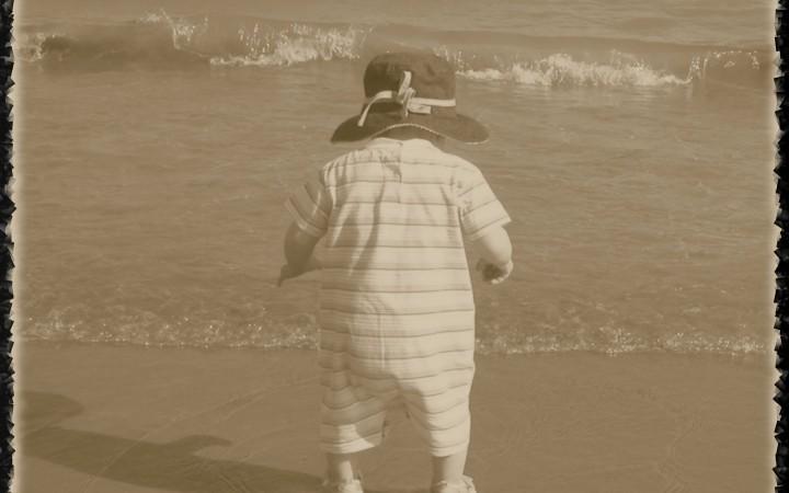 Alex Rosselli – On The Beach
