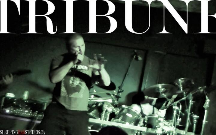 0064 - Tribune (Live @ Funky Winkerbeans 2013)