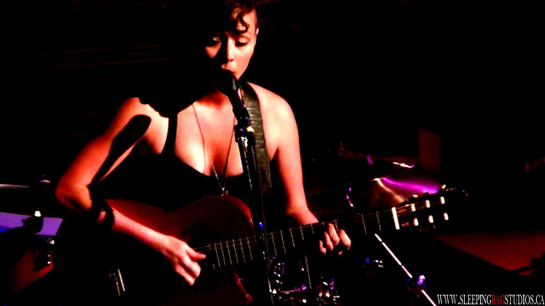 0071 – Annie Becker Album II