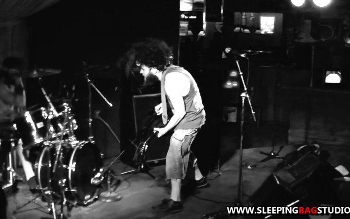 0113 - The Pit (Live @ The Fairview Pub 2013)