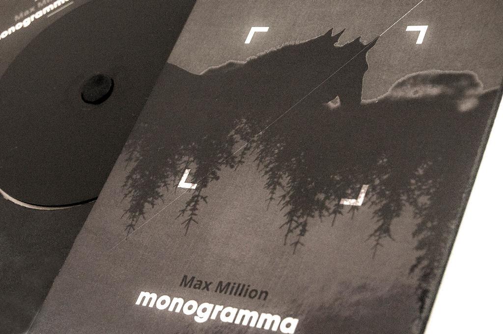 Max Million – Monogramma