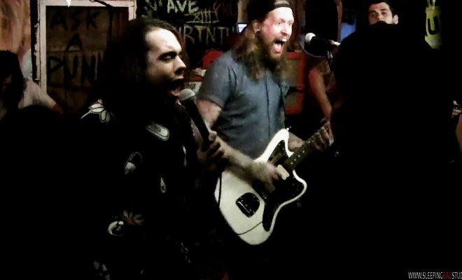 0186 - Vaultry (Live @ Ask A Punk 2017)