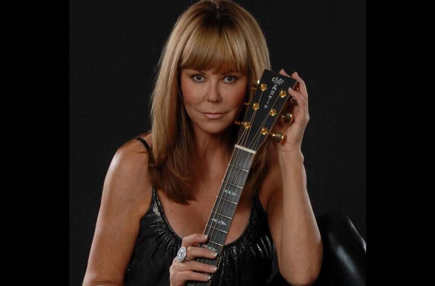 "Lynne Taylor Donovan – ""Dear Santa"""