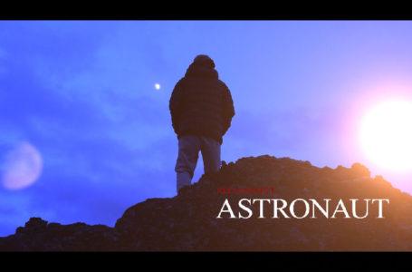 "Red Barnett – ""Astronaut"""